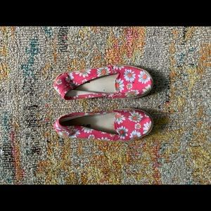 American Eagle floral flat slip on shoes